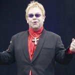400px-Elton_John_on_stage-_2008